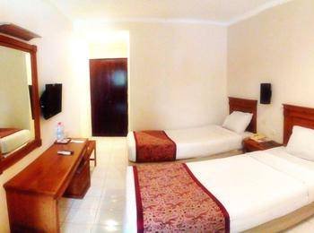 Hotel Nirwana Pekalongan - Moderate Room Only Regular Plan