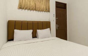 Titipapan Residence Medan - Deluxe Double Room Regular Plan