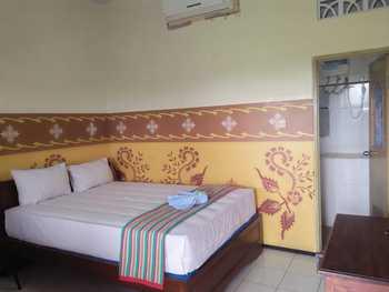 Hotel Mangir Asri Banyuwangi - Deluxe Room Regular Plan