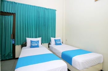 Airy Regol Moch Ramdan 96 Bandung - Executive Twin Room with Breakfast Regular Plan