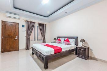 OYO 1667 Wisma Lux Barkah Jakarta - Standard Double Room Regular Plan