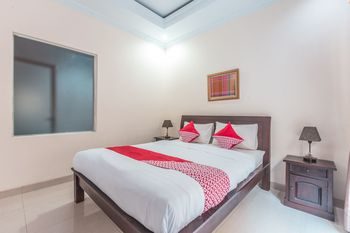 OYO 1667 Wisma Lux Barkah Syariah Jakarta - Suite Double Regular Plan