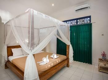 Linda Beach Resort Bali - Standard Double Room Regular Plan