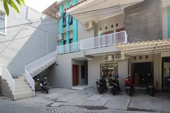 RedDoorz near UGM 3 Yogyakarta - RedDoorz Twin Room with Breakfast Regular Plan