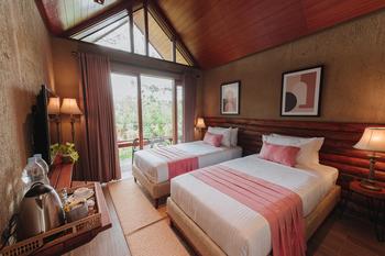 Kampuh Becik Villas Bandung - Agaphanthus Executive Regular Plan
