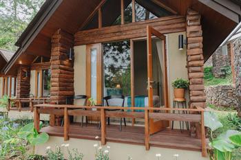 Kampuh Becik Villas Bandung - Allamanda Executive Regular Plan