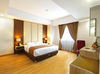 Orchardz Hotel Bandara Tangerang - Deluxe Double With Breakfast Regular Plan