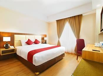 Orchardz Hotel Bandara Tangerang - Superior Double With Breakfast Regular Plan