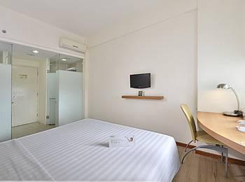 Whiz Hotel Malioboro Yogyakarta - Standard Room Regular Plan