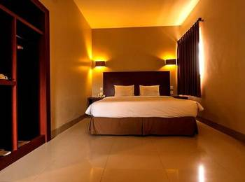 Hotel Bumi Banjar Banjarmasin - Superior Room King Regular Plan