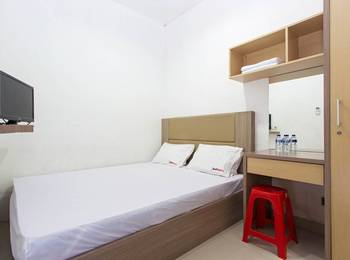 RedDoorz @Kebon Kacang Jakarta - RedDoorz Room Special Promo Gajian