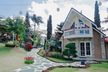 Capital O 802 Omah Londo Hotel & Resort