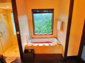 Nandini Jungle Resort Bali - Superior Chalet Room Basic deal 40 % Off