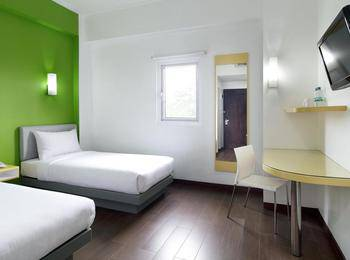 Amaris Hotel Pekanbaru Pekanbaru - Smart Room Twin Staycation Offer Regular Plan