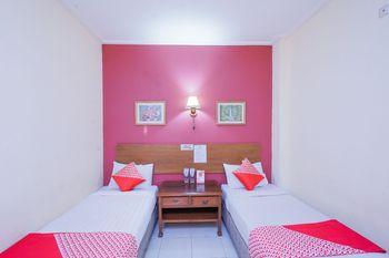OYO 2675 Hotel Sebelas Syariah Bandung - Standard Twin Room Regular Plan
