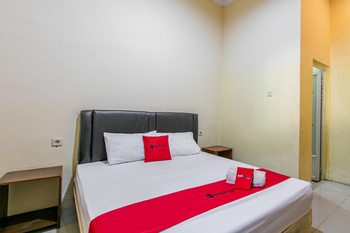 RedDoorz near Prambanan Temple Klaten - RedDoorz Room KETUPAT