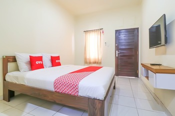 OYO 2178 Merthan House Bali - Standard Double Room Regular Plan