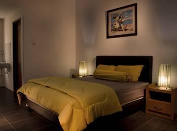 Kebagusan Indah Guest House Jakarta - Double Room With Breakfast Regular Plan