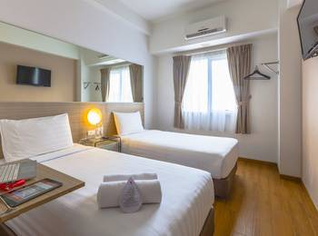 Red Planet Palembang - Twin Room Only Regular Plan
