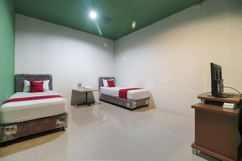 RedDoorz @ Jalan Hayam Wuruk Lampung Bandar Lampung - RedDoorz Twin Room with Breakfast Regular Plan