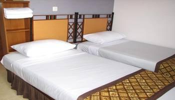 Rumah Tawa Guesthouse - 1 Bandung - Standard Twin Regular Plan