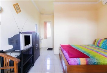 Penginapan Pondok Rizqi Surabaya - Family Kingsize & Sofa Bed Minimum Stay