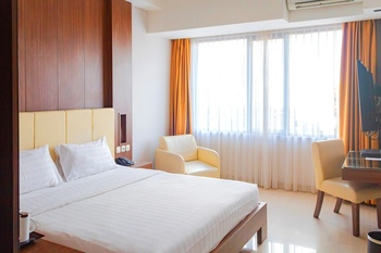 Anugrah Hotel Sukabumi - Superior Queen Room Regular Plan