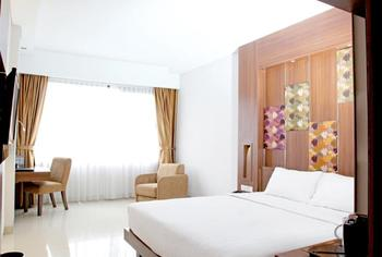 Anugrah Hotel Sukabumi - Deluxe Queen Room Only Regular Plan