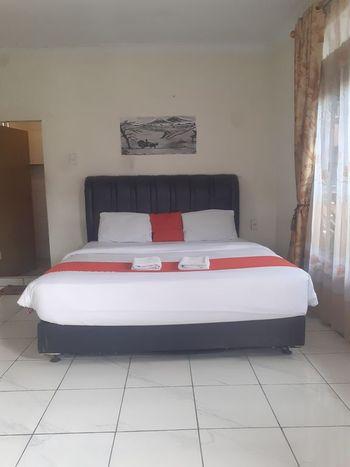 3 Berastagi Hotel Karo - Standard Room Regular Plan