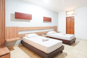 Gemini Star Hotel Bali - Standard Room with Fan Room Only October Deal