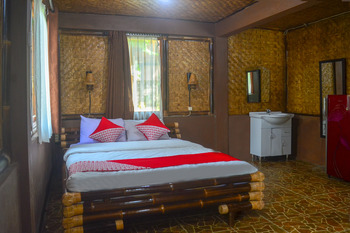 OYO 961 Shane Josa Resort Pangandaran - Suite Double Regular Plan