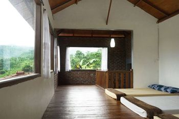 Villa AMARA By RuangNyaman Bogor - Basic Villa Regular Plan