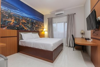 Rempoa Indah Suites Palangka Raya - Double Room Regular Plan
