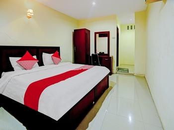 OYO 90331 Hotel Toba Shanda Danau Toba - Deluxe Double Room Promotion