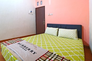 Semata Wayang Syariah Homestay Banjarmasin - Superior Room Minimum Stay 2Nights