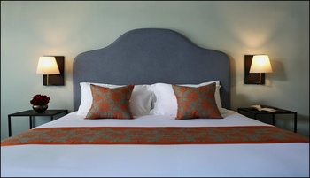 Lovina Life Room & Cafe Bali - Deluxe Room Double Basic Deal