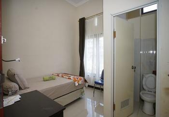 Anugerah Rufus Home Stay Tana Toraja - Superior Twin Room Only Regular Plan