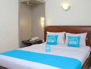 Airy Syariah Bandara Juanda Sidoarjo - Standard Double Room with Breakfast Special Promo Oct 42