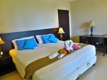 Akarsa Transit Bali - Double Room with Breakfast basic deal 10%