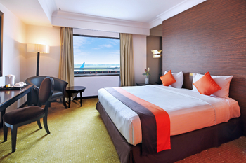 Jakarta Airport Hotel Tangerang - Superior King Room Regular Plan