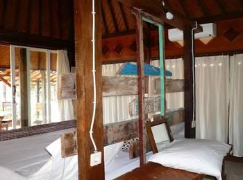 Classic Beach Villas Bali - Deluxe Room with Terrace Regular Plan