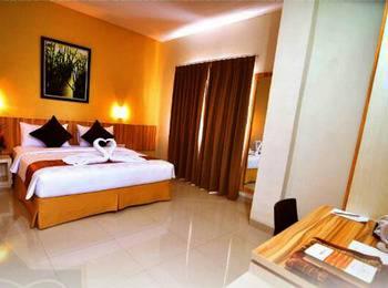 Rangkayo Basa - Halal Hotel Padang - Kamar Deluxe dengan Sarapan  Regular Plan