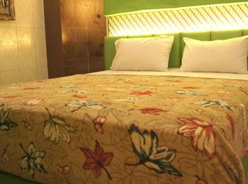 Andita Syariah Hotel  Surabaya - Superior Room Only Regular Plan