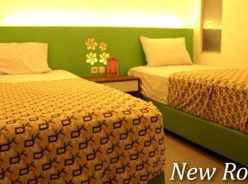 Andita Syariah Hotel  Surabaya - Superior Twin Regular Plan
