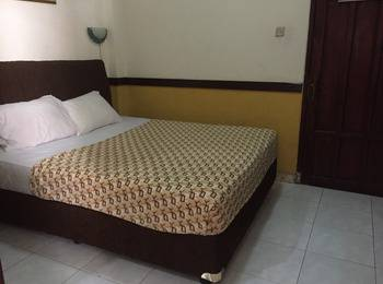 Andita Syariah Hotel  Surabaya - Standard Room Breakfast Included Special Sale