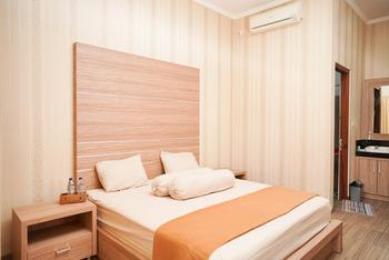 Mulia Homestay Labuan Bajo Manggarai Barat - Standard Room Best Deal
