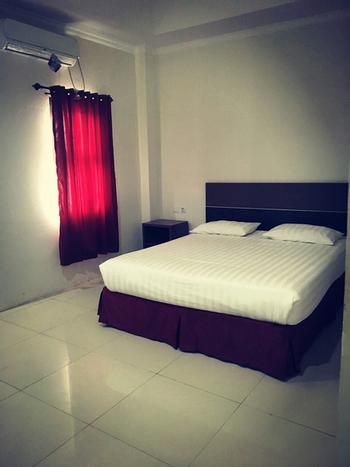 Her Guest House Mandiri Balikpapan - Deluxe Room Only Regular Plan
