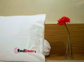 RedDoorz @Gegerkalong Girang Bandung - RedDoorz Room Only Regular Plan