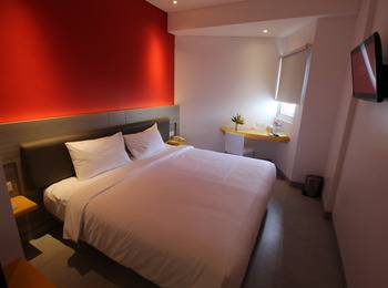 Amaris Hotel Pluit - Smart Hollywood Breakfast Offer  Last Minute Deal