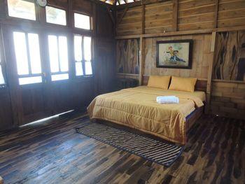 Singgasana Villa & Resto Wonosobo - Superior Cottage Room Only FC Minimum Stay